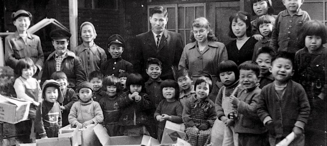 Korea Early1960s D.Kim in ctr back