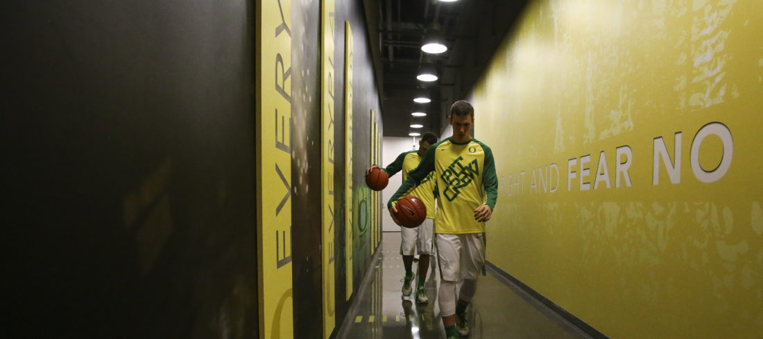 The Oregon Ducks take on the USC Trojans at Matthew Knight Arena in Eugene, Oregon on January 20, 2016 (Eric Evans Photography)