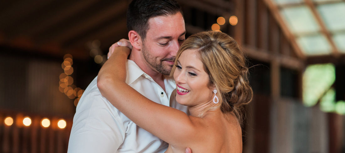 View More: http://ashleycookphotography.pass.us/wardwedding